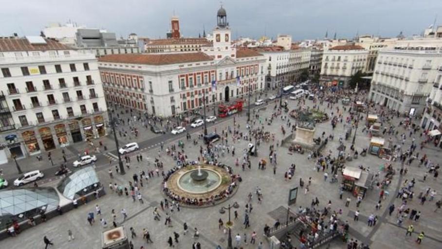 Almeida peatonalizará Sol y descarta ampliar el perímetro de Madrid Central