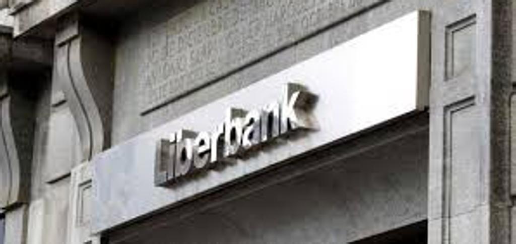 Liberbank y sindicatos comienzan este lunes a negociar  los recortes de salarios y beneficios sociales