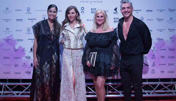 De izquierda a derecha: Patricia Yurena, Paloma Lago, Marta Díaz y Txabi Franquesa