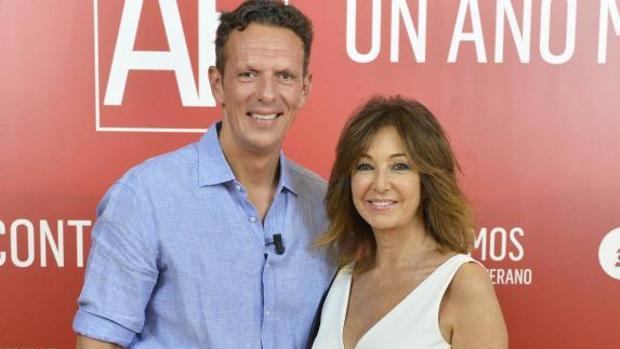 Joaquín Prat y Ana Rosa Quintana en la presentación de la temporada de «El programa de AR»
