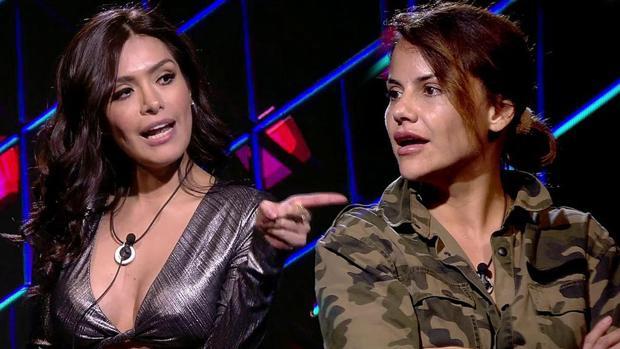 Durante el encuentro de Mónica Hoyos y Miriam Saavedra se vivieron momentos de gran tensión