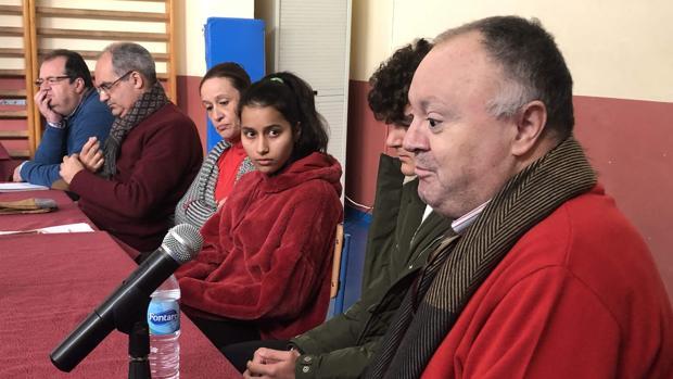 Los participantes en la mesa redonda celebrada en el instituto Al-Ándalus de Arahal