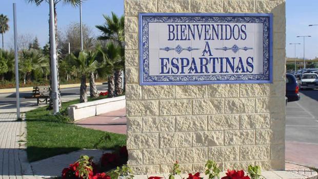 El Ayuntamiento de Espartinas ha sido condenado a readmitir a un trabajador e indemnizarle con casi 42.000 euros