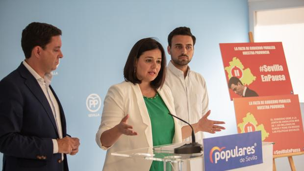 La presidenta provincial del PP, Virginia Pérez, en un reciente acto del partido