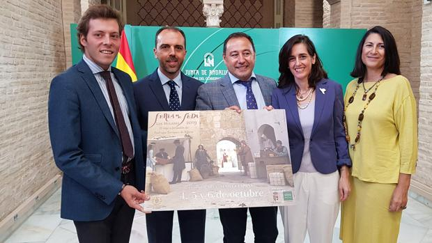 Presentación de la IV Feria de la Seda, que se celebrará del 4 al 8 de octubre en Los Molares