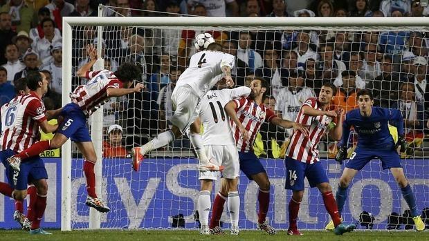 Resultado de imagen para Real Madrid y Atlético de Madrid cabezazo de sergio ramos