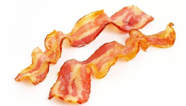 Una sol loncha de bacon al día incrementa el riesgo de cáncer de colon, según un estudio