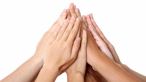 La OMS recomienda el uso de soluciones desinfectantes para las manos de los profesionales de la salud