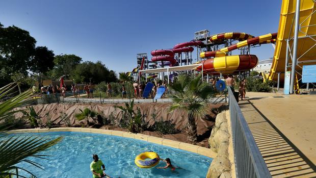 Agua Mágica, atracciones acuáticas en el parque temático sevillano