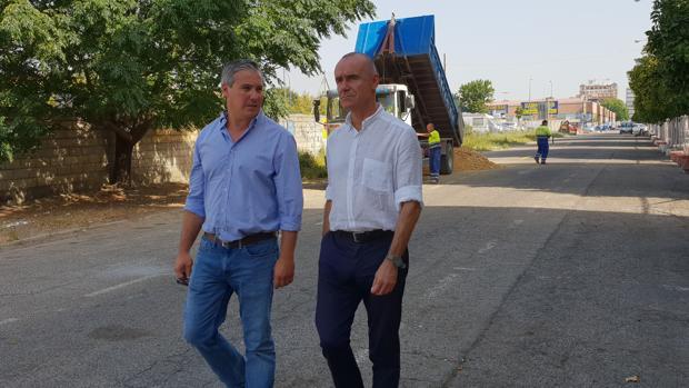 visitado el delegado de Hábitat Urbano, Cultura y Turismo del Ayuntamiento de Sevilla, Antonio Muñoz