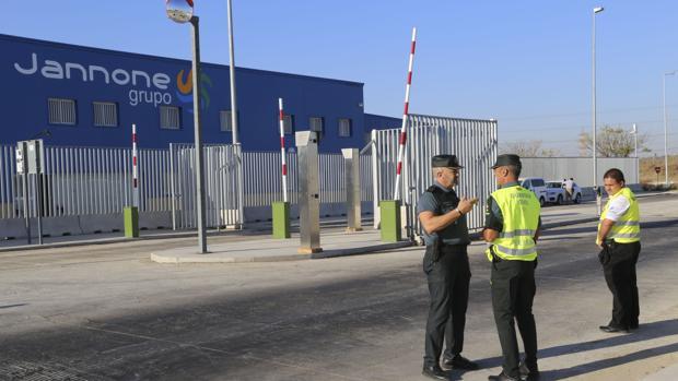 El recinto está custodiado por la Guardia Civil
