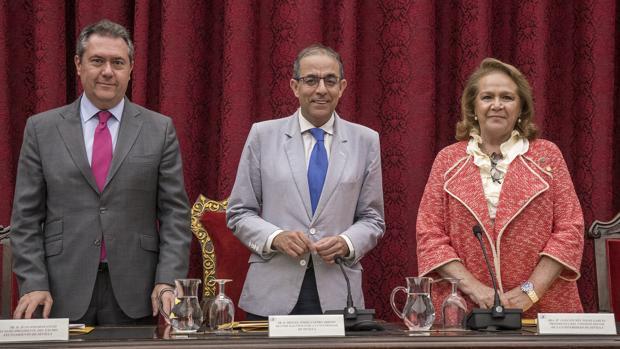Juan Espadas, Miguel Ángel Castro y Concha Yoldi