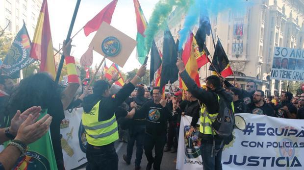 Una de las movilizaciones que llevaron a cabo en demanda de una equiparación salarial