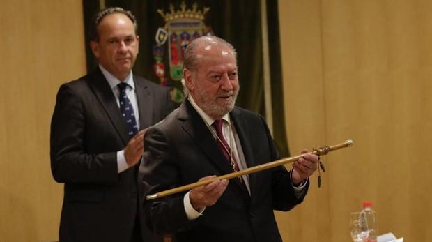 Rodríguez Villalobos jurando su cargo