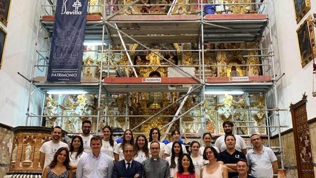 El rector de la US, Miguel Ángel Castro, visitó el trabajo que están realizando los alumnos