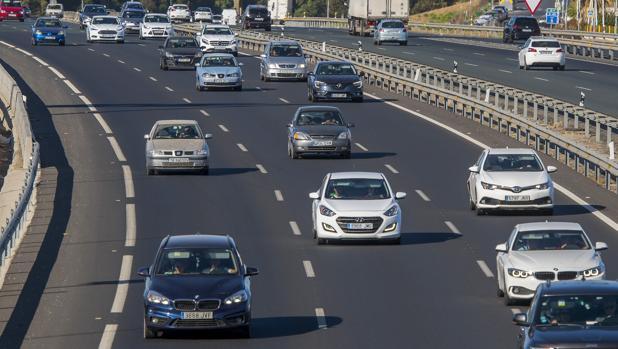 Un accidente de tráfico en la A49, dirección hacia Huelva, está dificultando la operación salida
