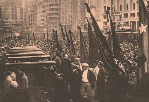 Entierro de republicanos en Valencia durante la Guerra Civil