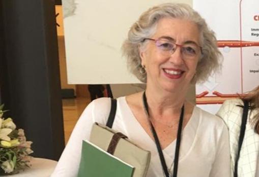 Rosario Mata, Alcázar-Caballero coordinadora médica y de asuntos regulatorios