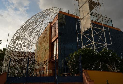 Pabellón de la ONU que será derribado para construir una residencia