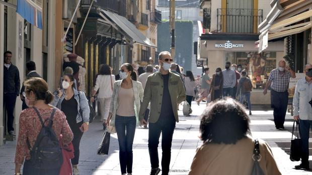 Time-lapse: Sevilla echa el cierre con el toque de queda
