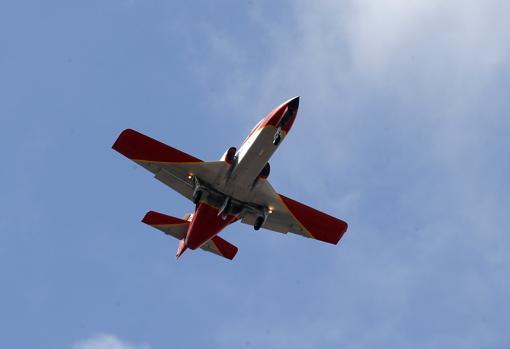 Avión C-101