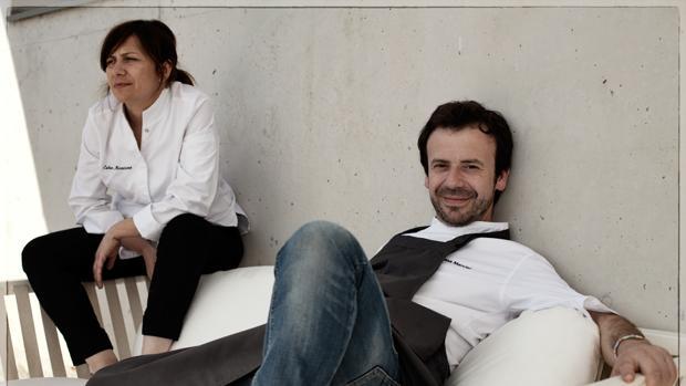 Nacho Manzano junto a su hermana Esther